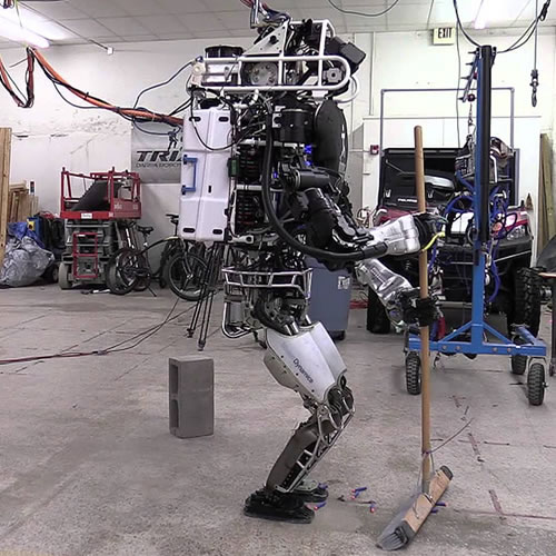 Atlas robot does the householdAtlas robot does the household.jpg