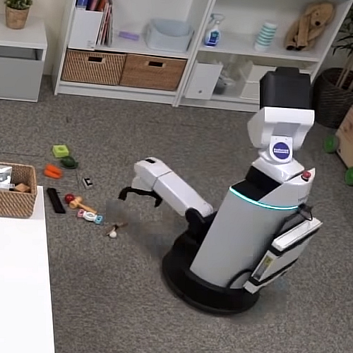 A robot for cleaning up your houseA-robot-for-cleaning-up-your-house.jpg